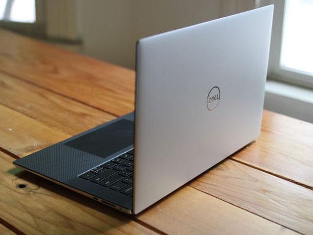 Dell XPS 17 Tiger Lake-H45 hỗ trợ kết nối đa cổng thông minh