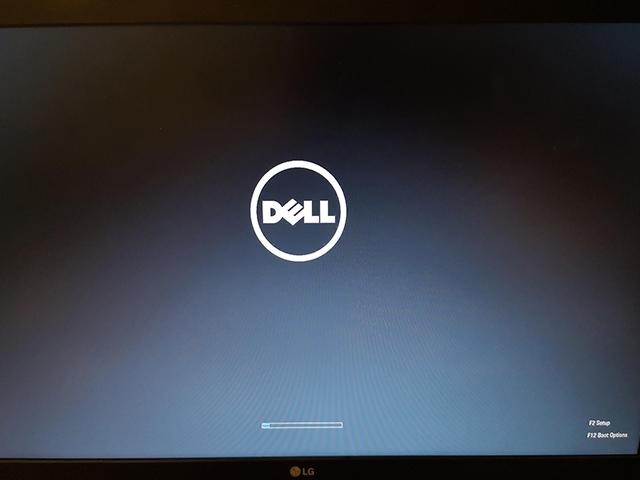 Khắc phục lỗi laptop Dell treo logo hiệu quả